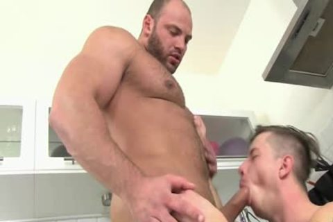 CockSureMen – Thomas Ride Barebacks Petr Oteo