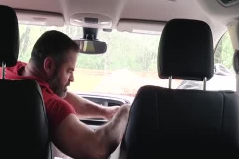 Muscle Bear daddy bonks lad In Car For Smoking